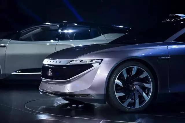 2020年 自動車メーカーの新勢力が経営破綻の年