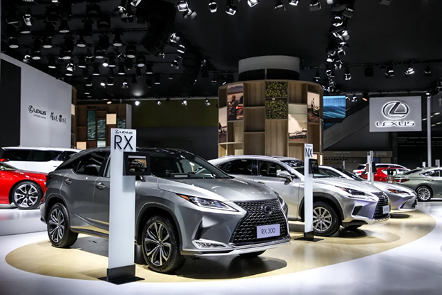 LEXUS: '幸福を量産する'に目指した車作り