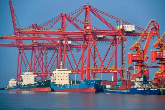 中国は積極的にCPTPPを考えていて、日本は何の態度を持っているのか?