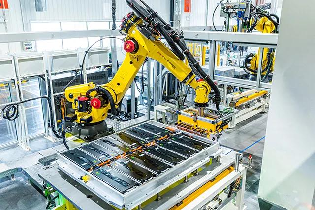 中国の関税引き下げ、新エネルギー自動車産業チェーンが受益